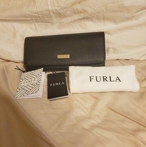 NWT Furla Babylon XL Black Leather Wallet